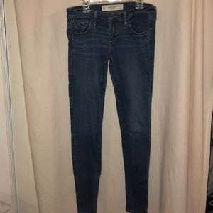 Perfect stretch Medium wash skinny jeans